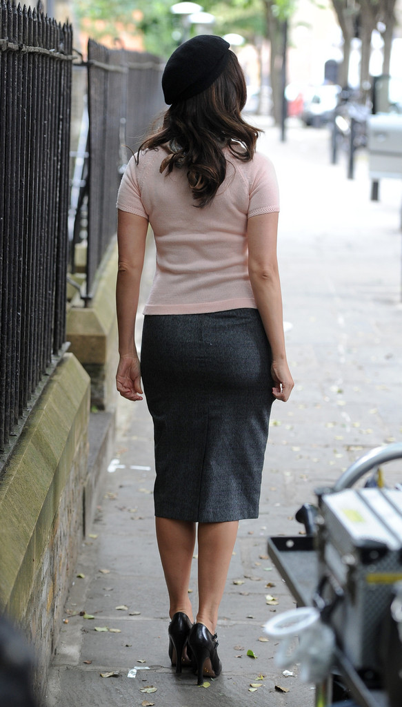More Pics of Kelly Brook Pencil Skirt (12 of 18) - Dresses ...