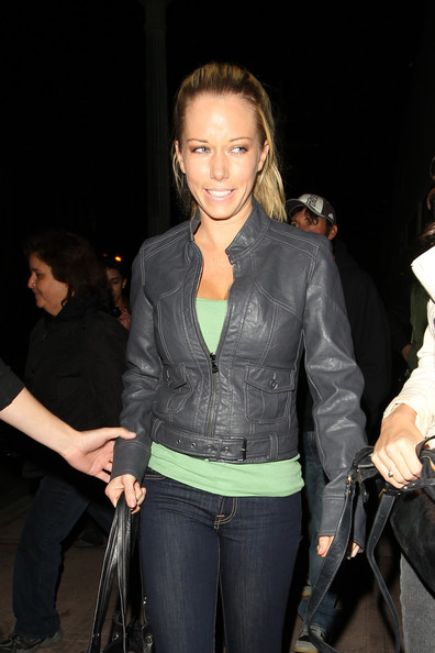 Kendra Wilkinson Clothes