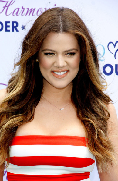 Khloe Kardashian Long Wavy Cut