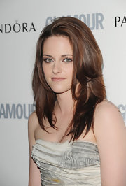 Kristen Stewart wore a shimmering metallic apricot shadow to highlight her eyes at the 2011 'Glamour' Women of the Year Awards.