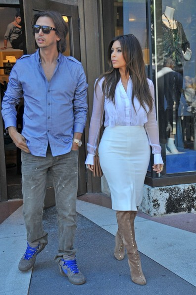 More Pics of Kim Kardashian Button Down Shirt (1 of 29) - Kim Kardashian Lookbook - StyleBistro