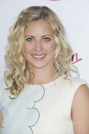 Holly Branson attended the Pre-Wimbledon Party with her blonde hair curled.