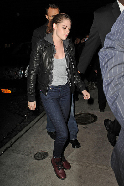 Kristen Stewart Out to Dinner in NYC