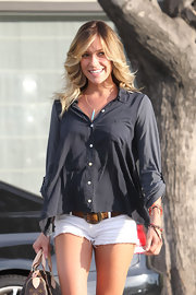 Kristin was spotted fresh from a cut-and-color at Neil George salon in LA, rocking feather layers and a trendy ombré hue.