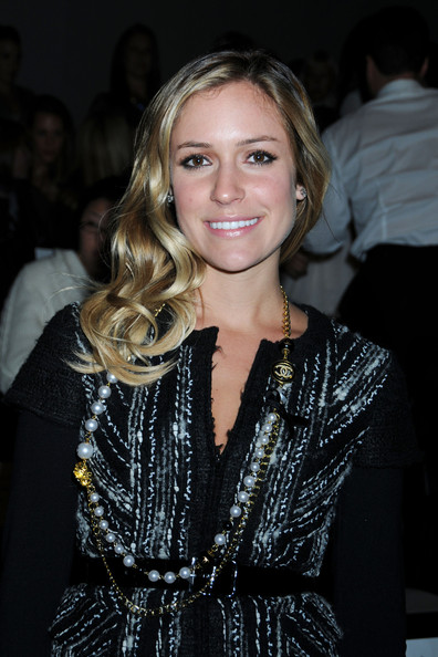 More Pics of Kristin Cavallari Fresh Water Pearls (1 of 7) - Kristin Cavallari Lookbook - StyleBistro