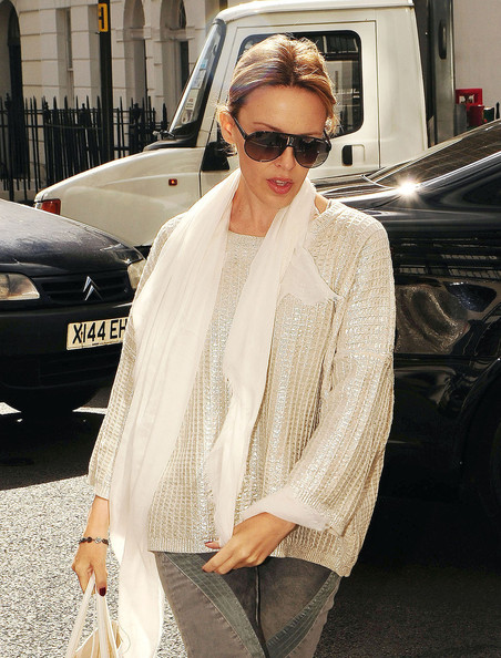 Kylie Minogue Aviator Sunglasses