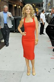 Kyra Sedgwick was red hot for her visit to 'Letterman' in this fitted sheath tank dress.