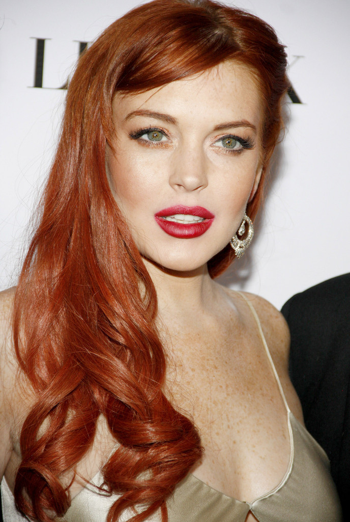 Congratulate, this lindsay lohan red lips