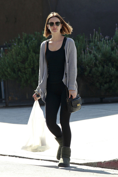 More Pics of Leighton Meester Leather Messenger Bag (3 of 18) - Leighton Meester Lookbook - StyleBistro