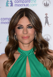 Elizabeth Hurley's soft undulating waves had a touch of old Hollywood glamour.