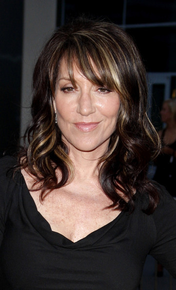 Katey Sagal looked fab with her streaked shoulder-length curly 'do at the 'Sons of Anarchy' premiere.