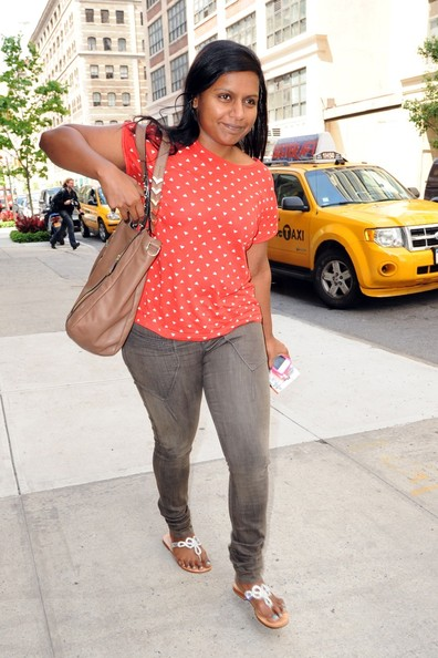 More Pics of Mindy Kaling Skinny Jeans (1 of 13) - Jeans Lookbook - StyleBistro []