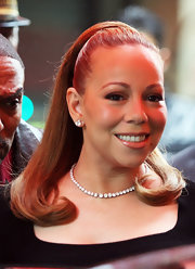 Mariah Carey stepped out of her hotel in Paris wearing an ultra-glam '60s-inspired 'do.
