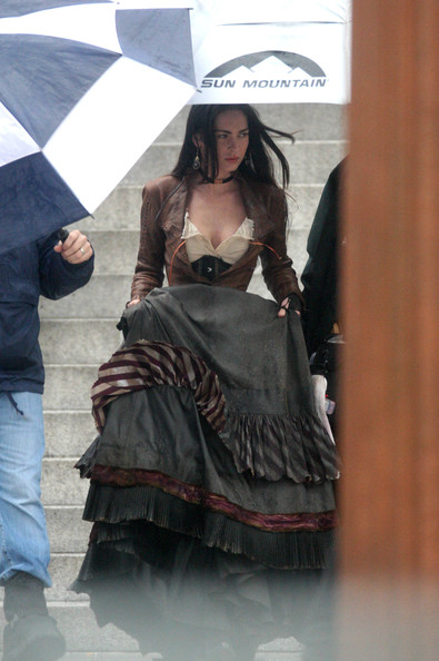 More Pics of Megan Fox Stick Umbrella (1 of 12) - Megan Fox Lookbook - StyleBistro