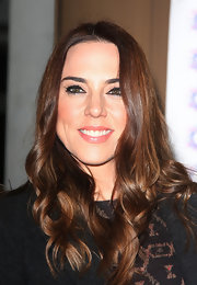 Mel C wore her hair in glossy curls for the James' Jog-On to Cancer fundraiser.
