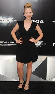 Juno Temple looked ultra-chic in this black drop-waist dress at the 'Dark Knight Rises' premiere in NYC.