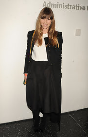 Jessica Biel kept it minimal with this black skirt and white blouse combo at the MoMA Armory party.