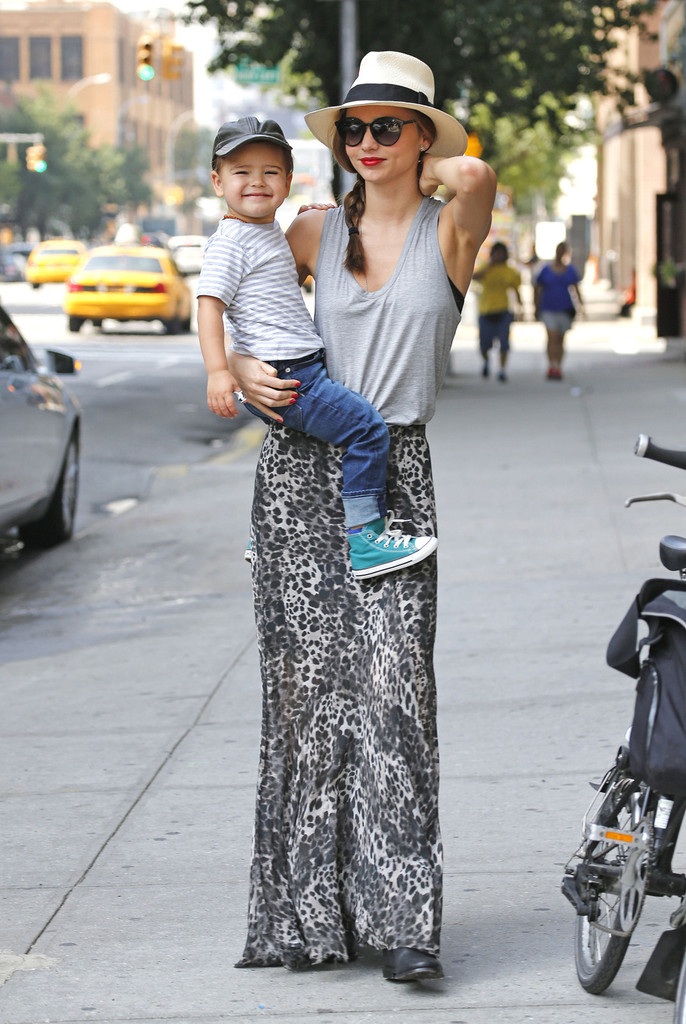 Miranda Kerr Spends the Day with Flynn