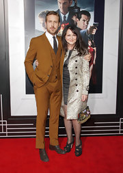 Ryan Gosling looked dapper in a suit that perfectly went with his handsome oxfords with subtle grommets.