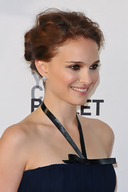 Natalie Portman swept her wavy tresses back into an elegant updo for the New York City Ballet Spring Gala.