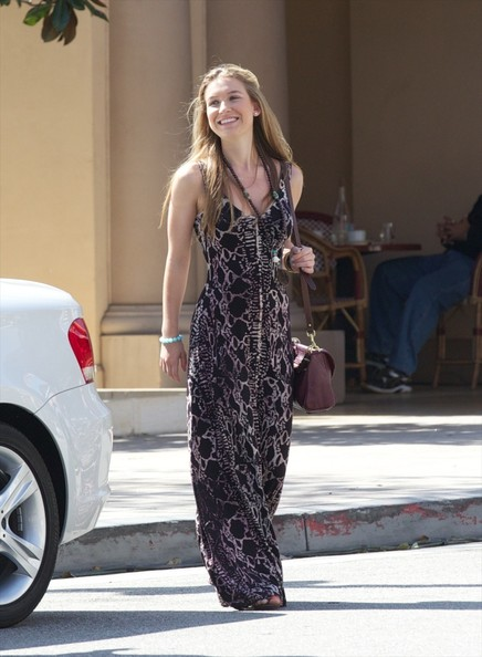 Nathalia Ramos Clothes
