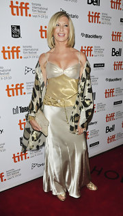 Olivia Newton-John carried a pretty glittery fabric clutch at the TIFF premiere of 'The Score: A Hockey Musical.'