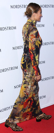 Nicole Richie was in the mood for prints when she attended the Nordstrom gala, pairing leopard Oxfords with a floral dress.
