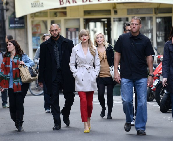 More Pics of Taylor Swift Trenchcoat (1 of 33) - Trenchcoat Lookbook - StyleBistro