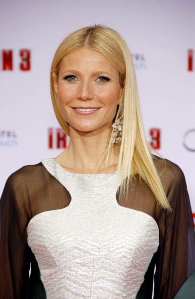 More Pics of Gwyneth Paltrow Long Straight Cut (1 of 5) - Long Hairstyles Lookbook - StyleBistro