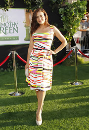 Constance looked dressed for a summer party in this colorful print dress at the 'Odd Life of Timothy Green' premiere.