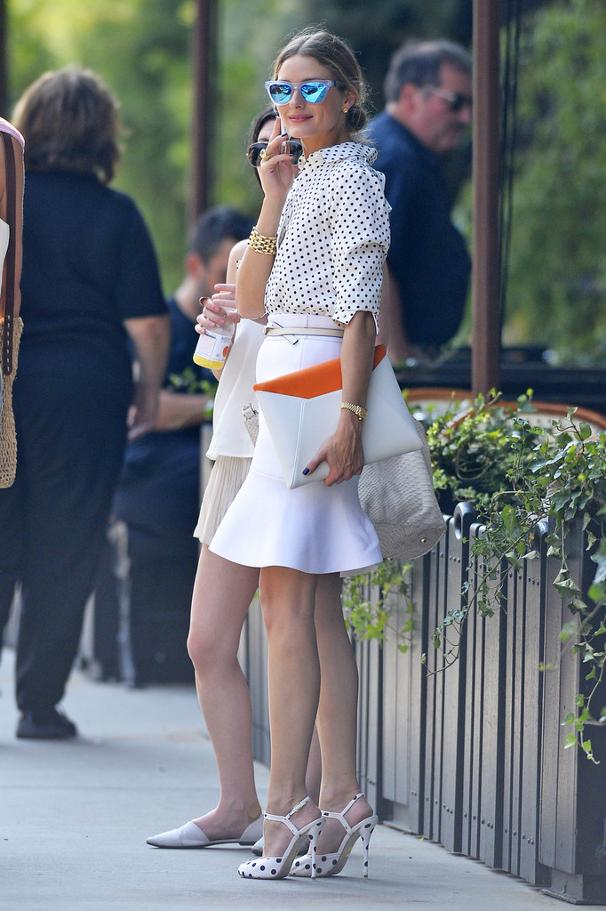 Olivia Palermo Takes a Stylish Stroll