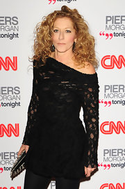 Kelly Hoppen added some bounce to her strawberry blond locks with soft ringlets.