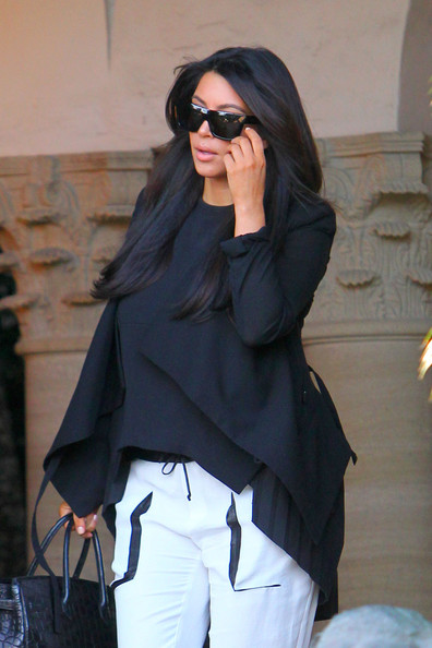 More Pics of Kim Kardashian Leather Tote (1 of 11) - Kim Kardashian Lookbook - StyleBistro