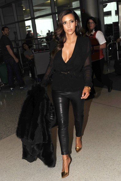 Kim+Kardashian in Kim Kardashian at the Airport in Miami 2