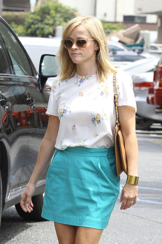 Reese Witherspoon Goes to Lunch