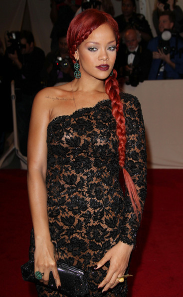 v hairstyle. Rihanna Long Braided Hairstyle