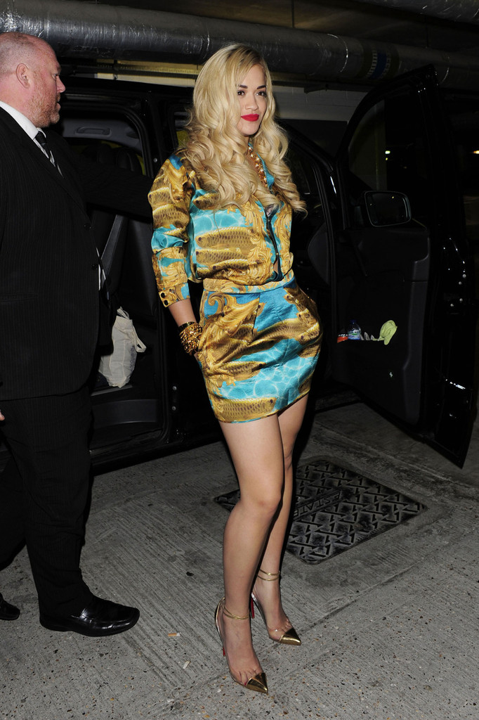 Rita Ora Leaves the Sony Music Studios