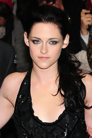 Kristen Stewart wore her hair in a pretty ponytail at the UK premiere of 'The Twilight Saga: Breaking Dawn Part 1.'