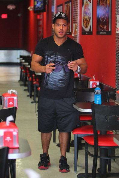 Ronnie Ortiz-Magro Hats