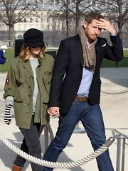 Drew Barrymore wore this black newsboy cap while out in Paris.