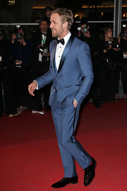 Ryan Gosling walked the red carpet at the Cannes Film Festival 'Drive' premiere wearing a pair of shiny black oxfords.