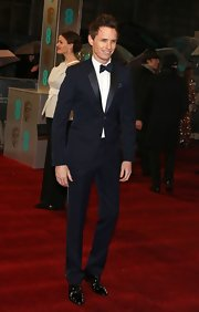 Eddie Redmayne showed he's still a fan of midnight blue when he opted for this blue tux for the 2013 BAFTAs.