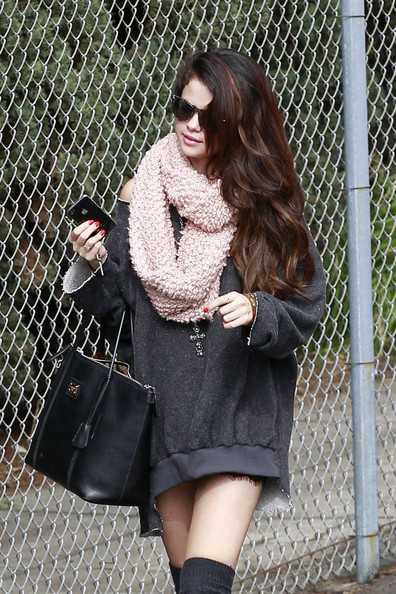 Selena Gomez Heads to the Studio