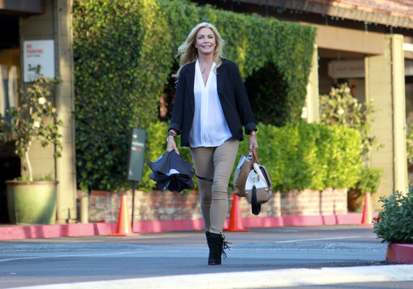 More Pics of Shannon Tweed Long Wavy Cut (1 of 15) - Shannon Tweed Lookbook - StyleBistro