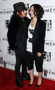 Sara Gilbert's black Capri pants provided a laid-back feel to her look during the Evening with Women gala.