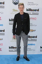 Gabriel Mann kept it classic and sophisticated with a black blazer paired over gray checked pants.