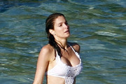 Look of the Day: Stephanie Seymour Is White Hot