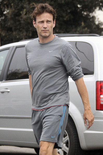 Stephen Moyer Clothes