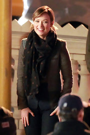 Olivia Wilde wore a polka-dot scarf with her tweed jacket on the set of 'Burt Wonderstone.'