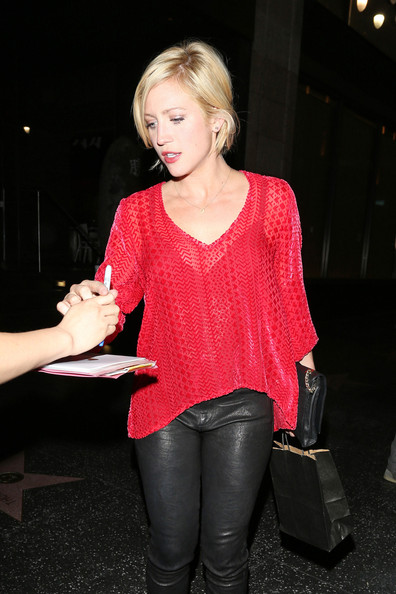 More Pics of Brittany Snow Loose Blouse (3 of 14) - Brittany Snow Lookbook - StyleBistro
